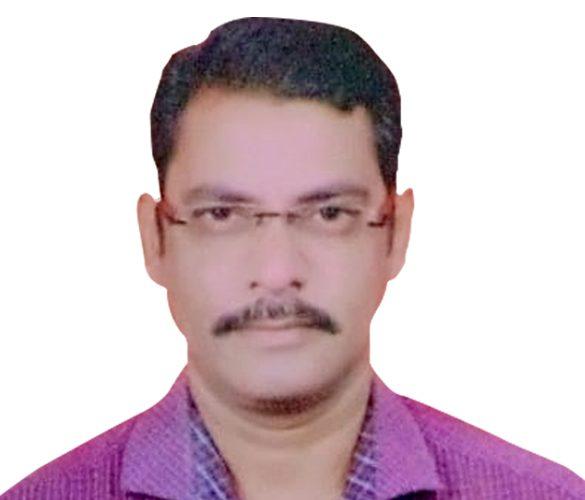 Dr.-Naveen-Motghare